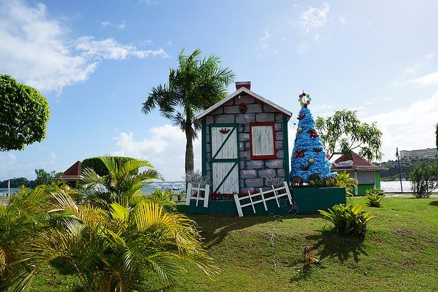 vánoční výzdoba domu v Samana